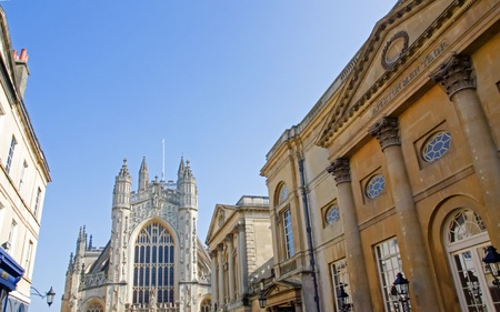 Bath Abbey and Pump Rooms Stock Photo - 18387140