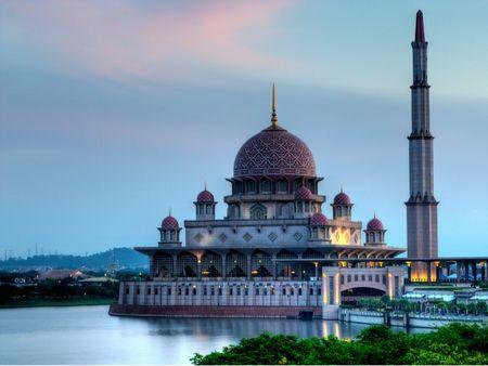Lake Mosque