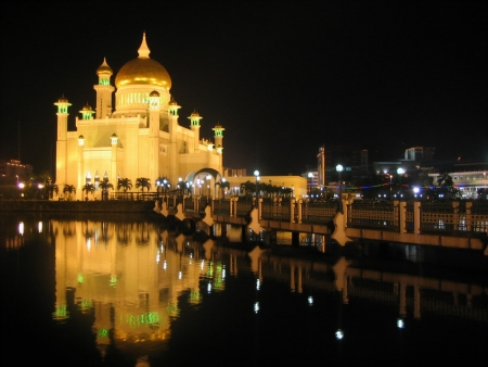 aidilfitri: The Night View of Mosque