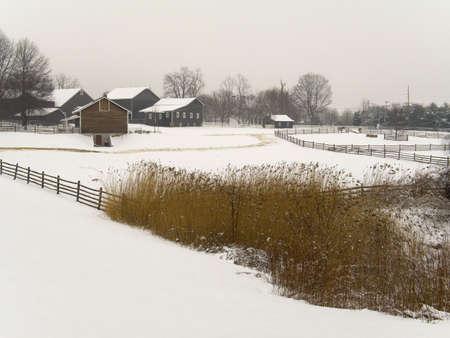 Ein Winter Bauernhof-Szene in New Jersey.