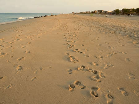 Eine Weitwinkel-Blick auf den Strand in Sea Bright New Jersey in den späten Nachmittag.