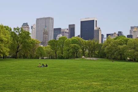 A Spring view of the lawn on Sheep Meadow in Central Park. Publikacyjne