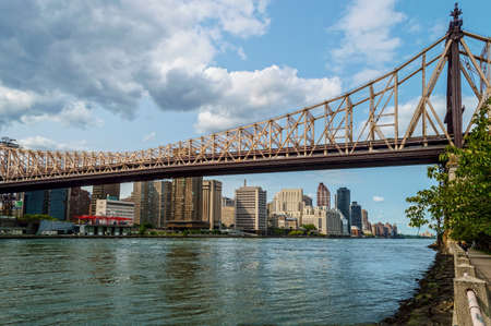 queensboro bridge: A view of the Ed Koch Queensboro Bridge as seen from the East River on Roosevelt Island