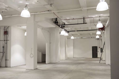 vacant: Vacant retail space in New York City.