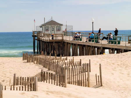 ocean fishing: OCEAN GROVE, NEW JERSEY, - MARCH 26: A view of the old Ocean Grove Fishing Pier on March 26 2007 before Hurricane Sand destroyed it in 2012.