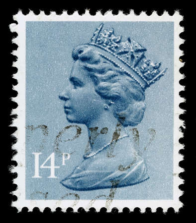 elizabeth: UNITED KINGDOM 1971 to 1996: A used postage stamp printed in Britain showing Portrait of Queen Elizabeth 2nd, printed and issued between 1971 and 1996