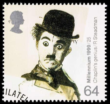 poststempel: UNITED KINGDOM - CIRCA 1999: A verwendet Briefmarke in Großbritannien gedruckt Entertainers feiert den berühmten Filmstar Charlie Chaplin zeigt Editorial