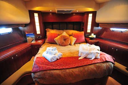Motor yacht guest cabin