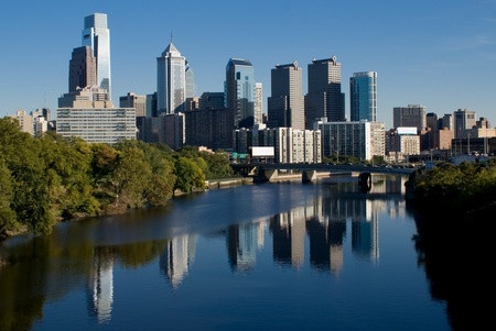 city park skyline: Downtown Philadelphia reflecting in the Schuylkill River Stock Photo