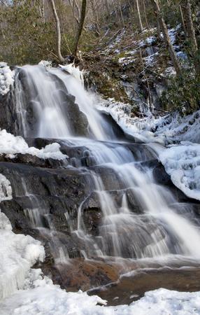great smoky national park: Laurel Falls in Great Smoky Mountains National Park in the in the winter near Gatlinburg, Tennessee