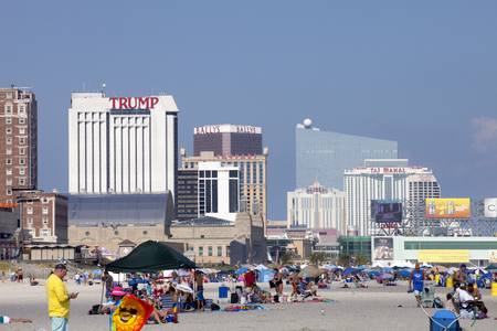 atlantic city: A day at the beach in Atlantic City, New Jersey Editorial