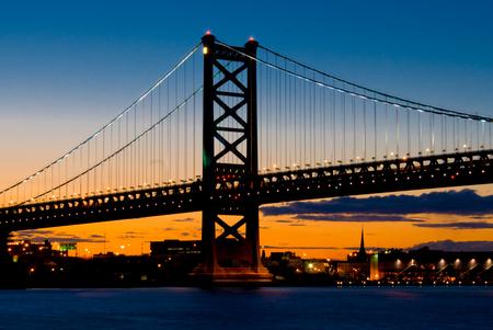 Ben Franklin Bridge that connects Philadelphia, Pennsylvania to Camden, New Jersey at night