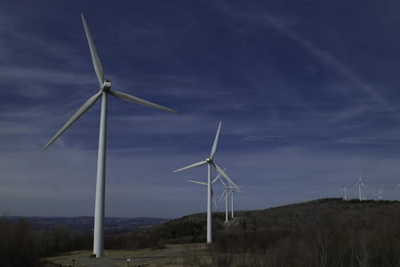 pollution free: Wind Farm in the Mountains of West Virgina. Copy space