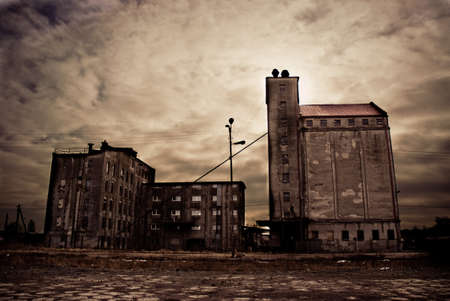 abandoned warehouse: Picure presents abandoned Industrial Buildings