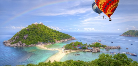 Nangyuan island with rainbow and Cloud,Thailand