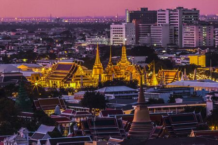 king of thailand: Golden palace and temple in bangkok, Thailand.