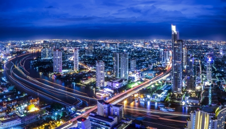 city park skyline: Bangkok at dusk with main river Editorial