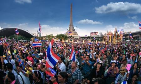 BANGKOK,THAILAND- JANUARY 14 : Million of protesters walked for anti government corruption (Prime Minister Yingluck Shinawatra ) at central Bangkok. on Janualy 14,2014 in Bangkok,Thailand.