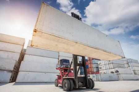 camion grua: Grúa cuadro de manipulación de contenedores grúa de carga de camiones