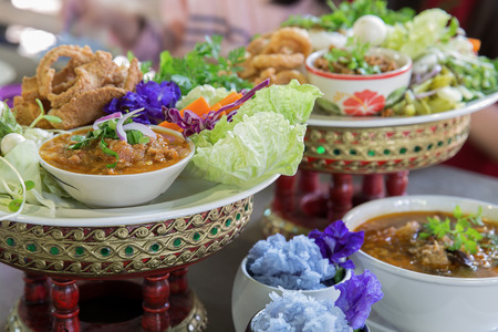 Thai food, Khantoke. Khantoke dinners have long been a popular tourist attraction in areas of Northern Thailand, particularly around Chiang Mai. Nort