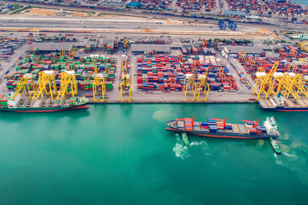 Container port and container ship transportation, Logistic hub in Singapore Stock fotó