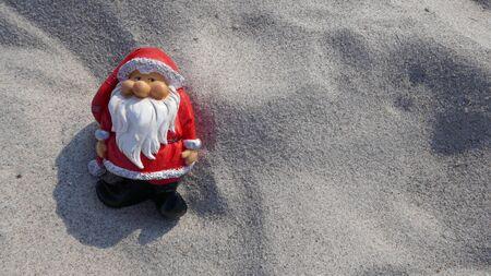 Christmas by the sea. Have fun at the beach holiday with Santa Claus. Christmas by the sea. Have fun at the beach holiday with Santa Claus. Not copyrighted Zdjęcie Seryjne - 130686058