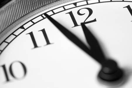 five minutes to midnight, black and white photo of an alarm macro Standard-Bild