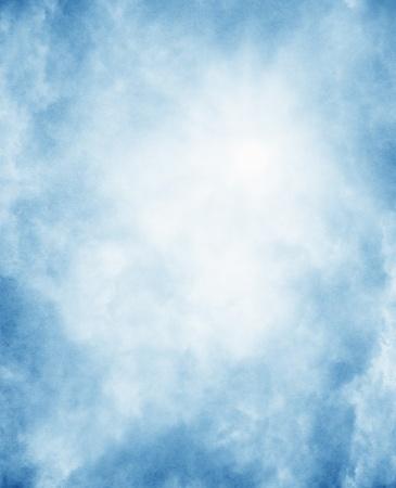 fondos azules: Niebla sobre un fondo vintage, con textura de papel Foto de archivo