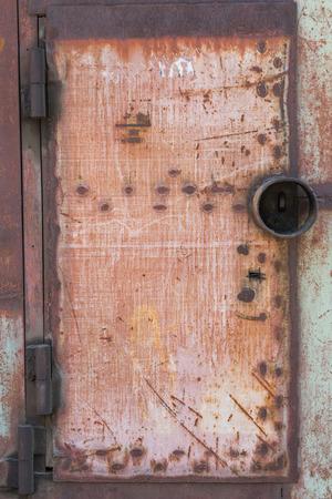 Oude grunge roestige zinkmuur voor getextureerde achtergrond