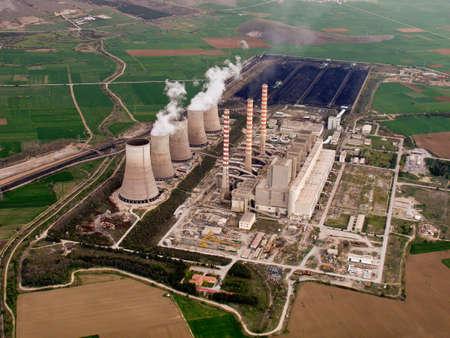 central el�ctrica: Planta de energ�a vista a�rea