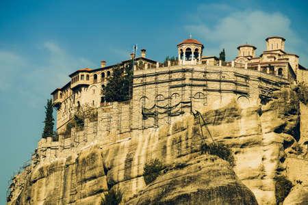 Monastery on cliff in Meteora, Kalambaka Thessaly Greece. Greek destinations. 免版税图像