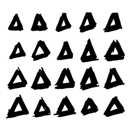 garabatos: Collection of hand drawn triangles. Set of black and white geometric elements Vectores