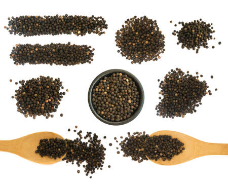 peppercorn: Set of Hot Black Pepper Seeds Isolated on White Background