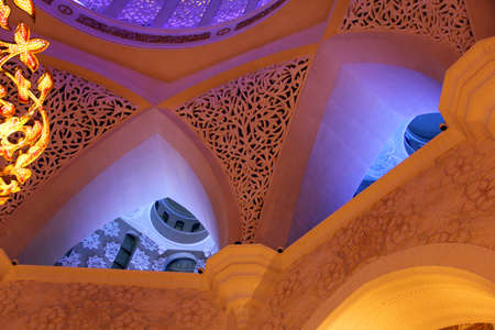 zayed: ceiling in a Sheikh Zayed Mosque