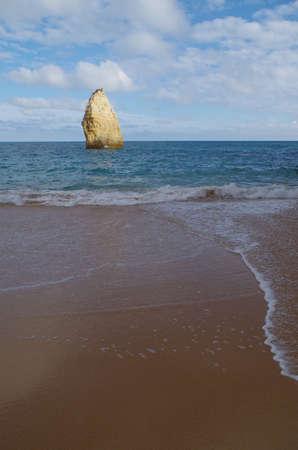 Carvalho beach in Carvoeiro, Lagoa. Famous travel destination in Algarve, Portugal Фото со стока - 81048331