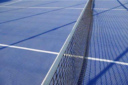 青いテニスコート シーン。スポーツとライフ スタイル