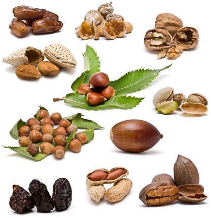 feuille de vigne: Collection de noix.