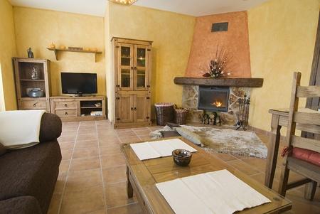 Linving ルーム素敵な暖炉付け。