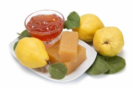 membrillo: Bodegón con queso y jalea de membrillo casero