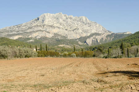 Sainte Victoire mountain, symbol of Provence