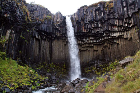 Svartifoss, one of the most beautiful waterfalls in Iceland. Banque d'images
