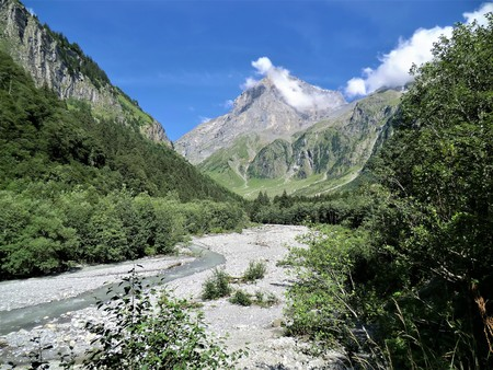 River bed and mountain view near Engelberg, Switzerland