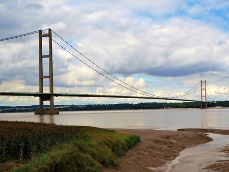 View of the Humber Bridge from the south shore of the Humber Estuary, England Stock Photo