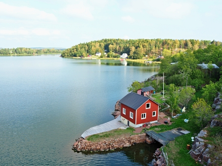 View over the Farjsundet sea channel from near Godby, Aland, Finland 版權商用圖片 - 114668289
