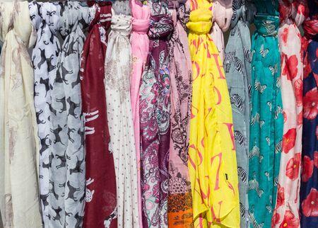 foulards: Sciarpe Archivio Fotografico
