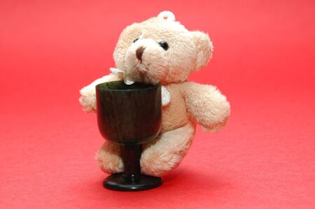bear with a cup photo