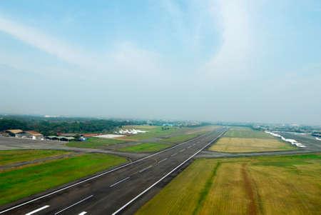 airstrip: Airport Lane