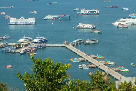 Bali Hai Pier at Pattaya city from Pratumnak Hill Viewpoint, Chonburi, Thailand. Reklamní fotografie