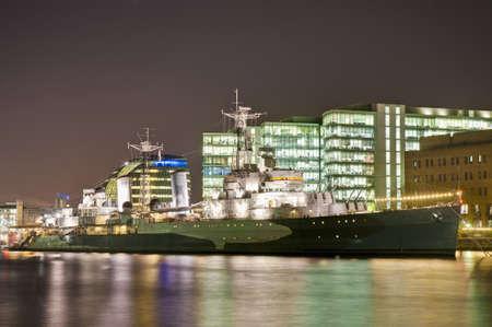 docked: HMS Belfast barco de guerra anclado en el r�o T�mesis en Londres, Inglaterra
