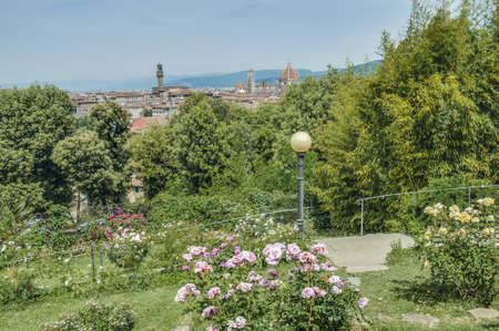 giardino: Giardino delle rose (The Rose Garden) is a park in Florence Oltrarno, Tuscany, Italy, created by architect Giuseppe Poggi in 1865.